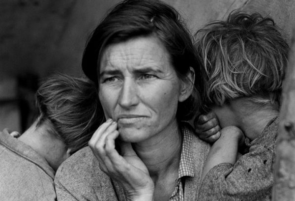 Picture of a mother from the Great Depression